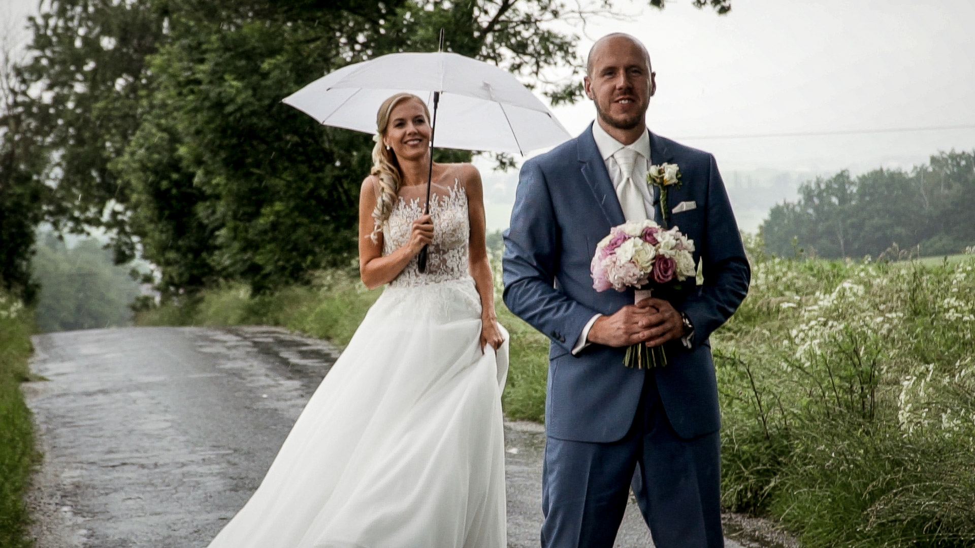 Veselá svatba v dešti u Havlíčkova Brodu na statku u Kulaka