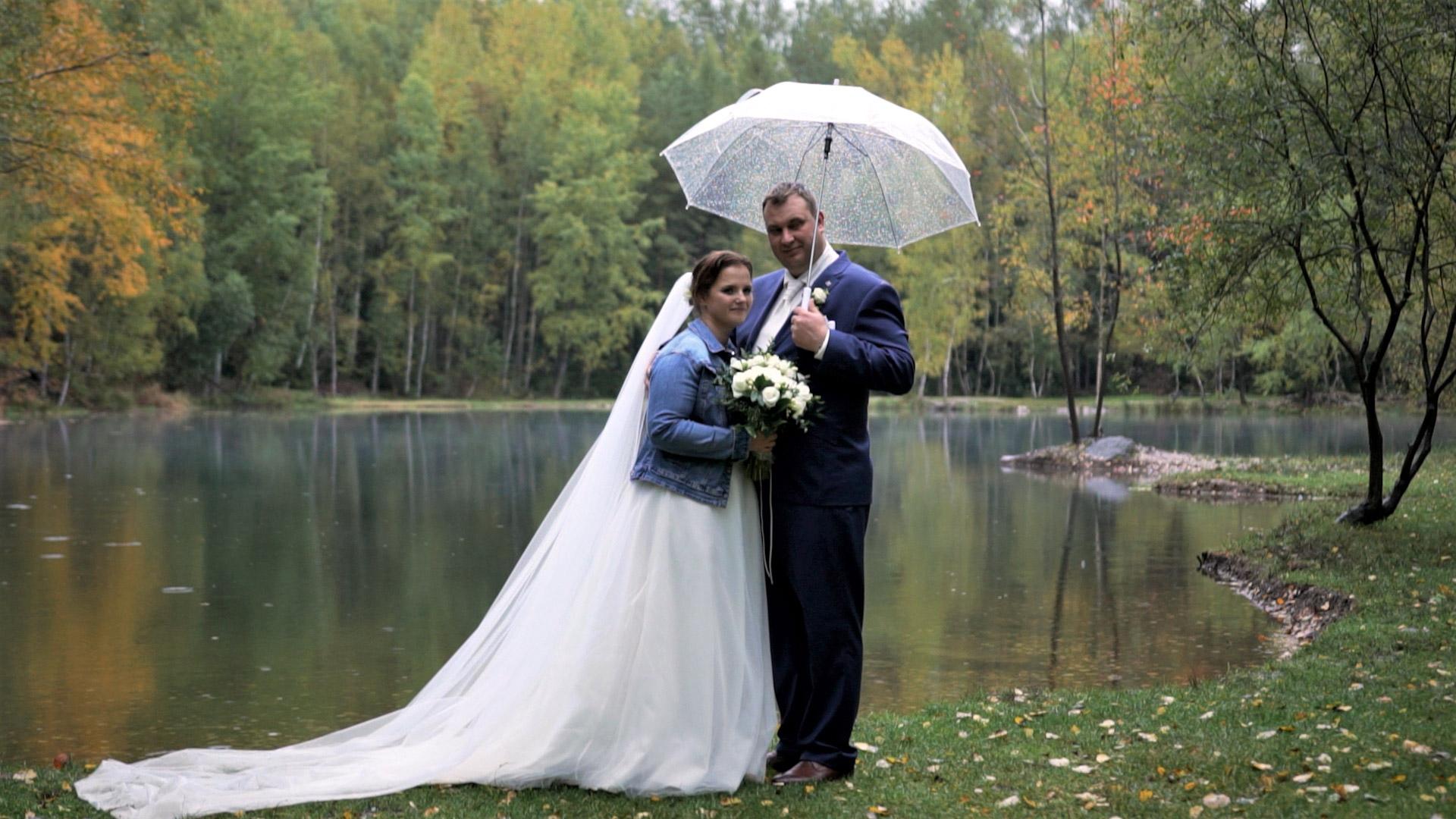 Tradiční svatba v kostele v Kamenice nad Lipou a Vlásenici