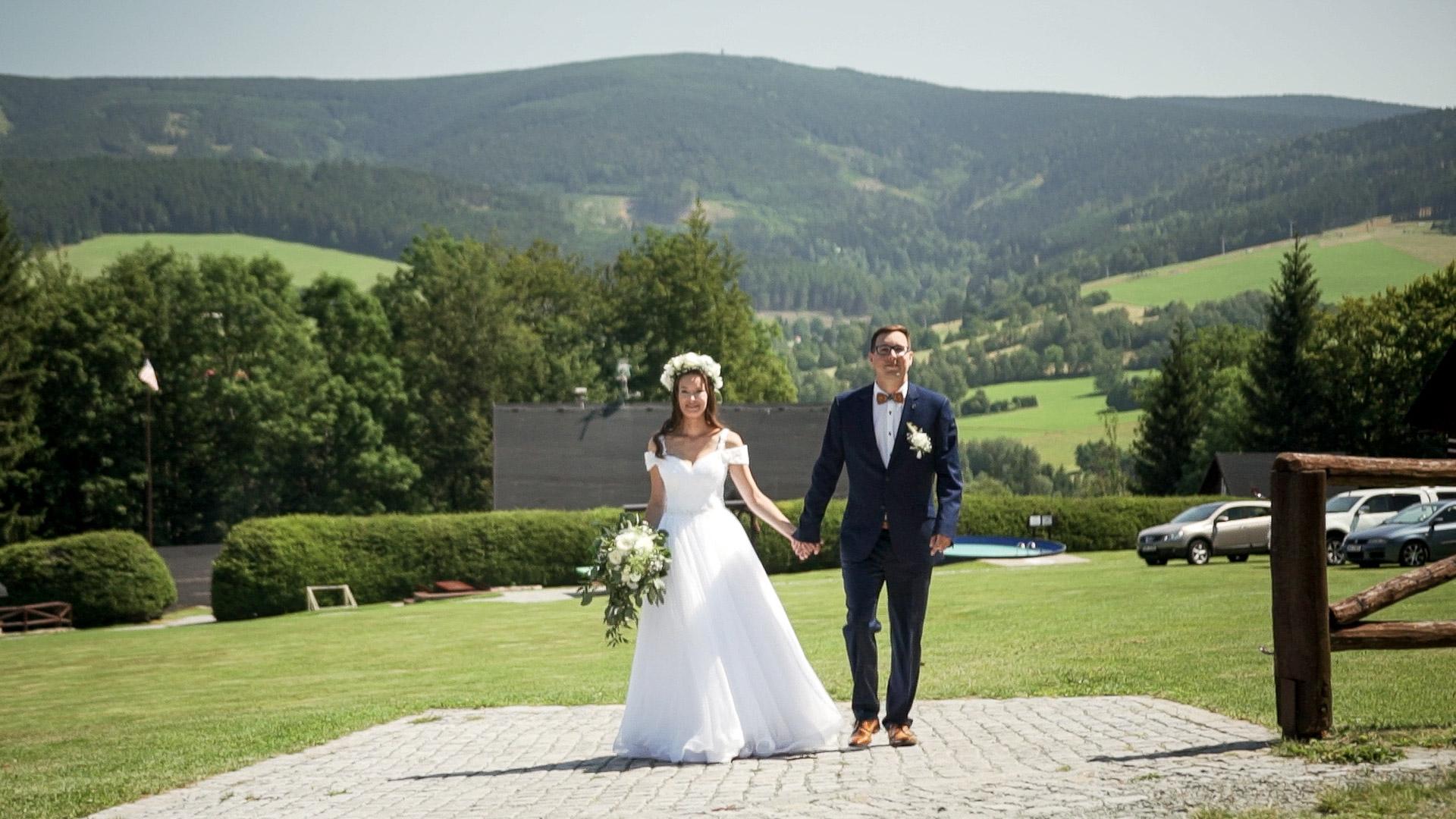 Svatba v Orlických horách v Deštné - Chalupa U Supa